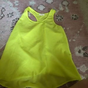 Tops - Yellow workout top size S